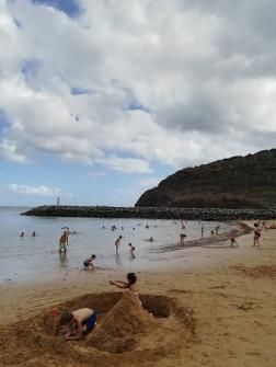 Praia areia amarela, Machico